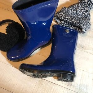 Brand New UGG Sienna classic rain boot Size 5